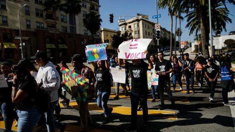 L.A. students are already activists. Now they want to vote at 16